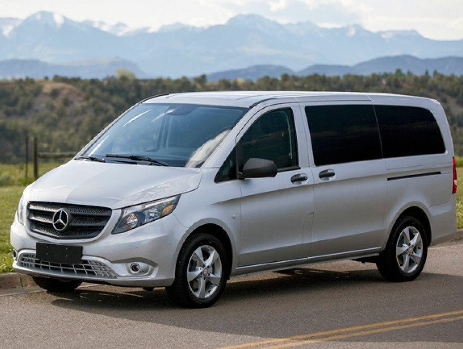 Прокат микроавтобуса Mercedes Vito