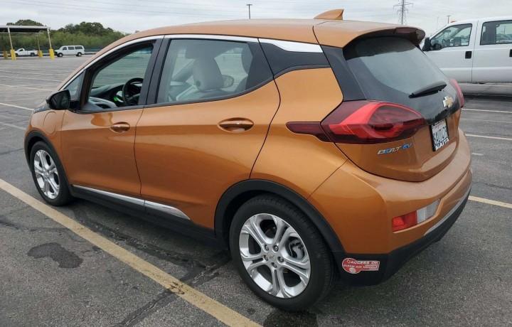 Прокат авто Chevrolet Bolt 2017