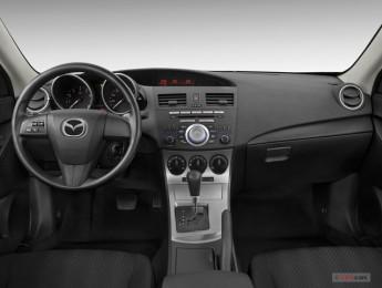 Аренда авто Mazda 3