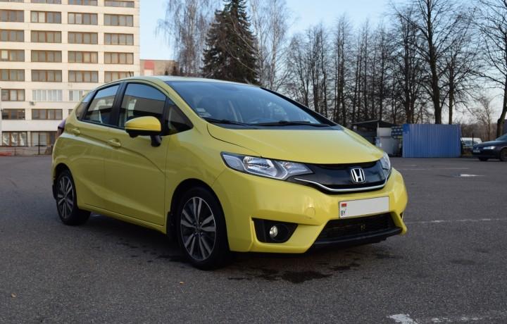 Аренда авто Honda Fit 1,5 AT 2014